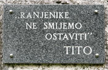 [Слика: Jablanica%20-%20spomen%20ploca%20-%20bit...eretvi.png]